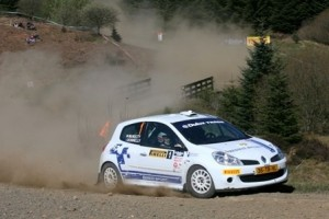 Renault UK joins 2012 MSA British Manufacturers Rally Championship
