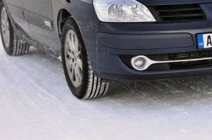 High number of road accidents during the winter underlines the need for cold weather tyres
